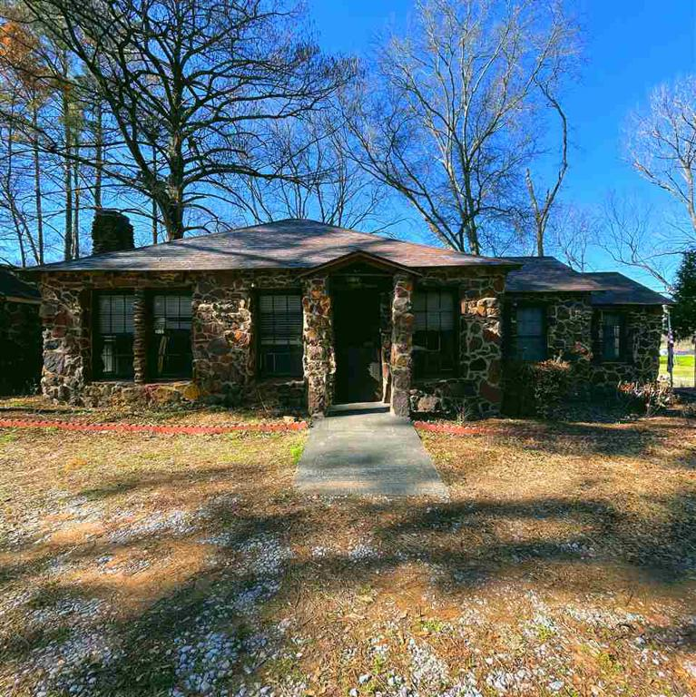 Photo of home for sale at 2596 State Highway 110, Tyler TX