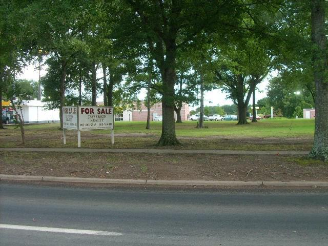Photo of home for sale at 00 State Highway 49, Jefferson TX