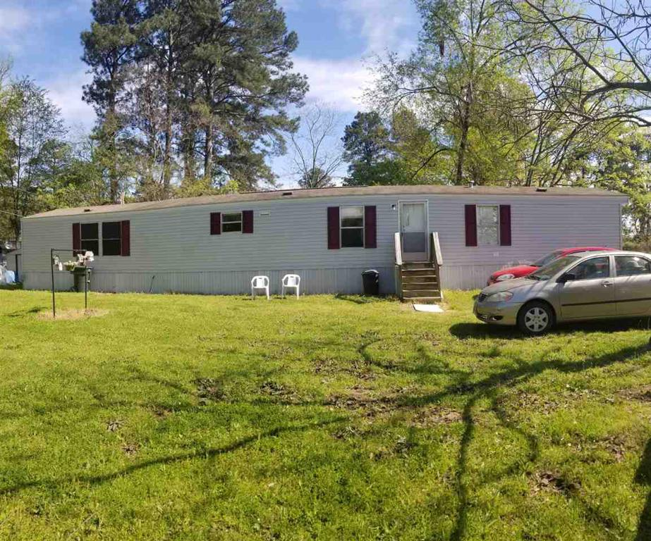 Photo of home for sale at 8198 Shelly Rd, Ore City TX