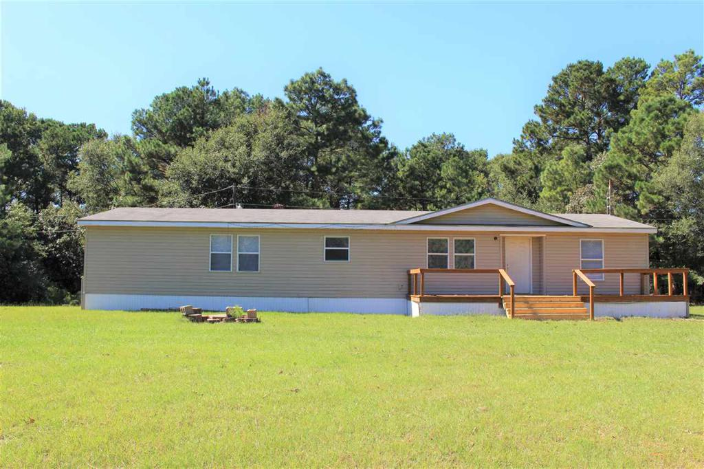 Photo of home for sale at 628 HEMLOCK, Gilmer TX