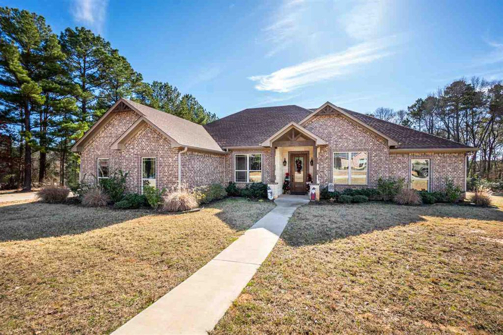 Photo of home for sale at 185 CR 388 D, Henderson TX