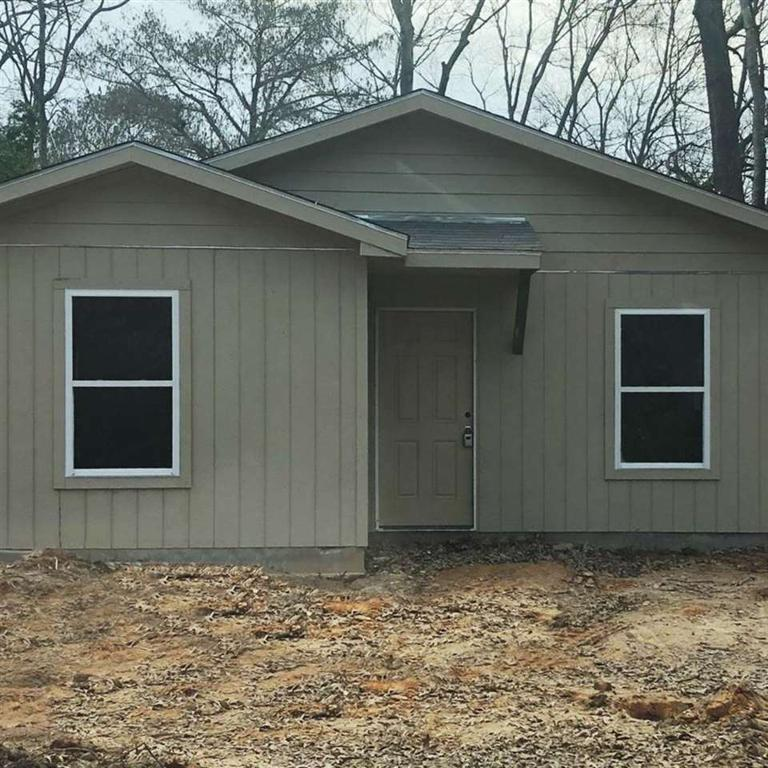 Photo of home for sale at 1600 Gay, Longview TX