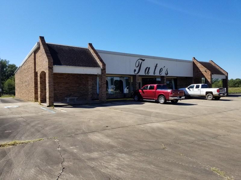 Photo of home for sale at 1756 Main St, Ville Platte LA