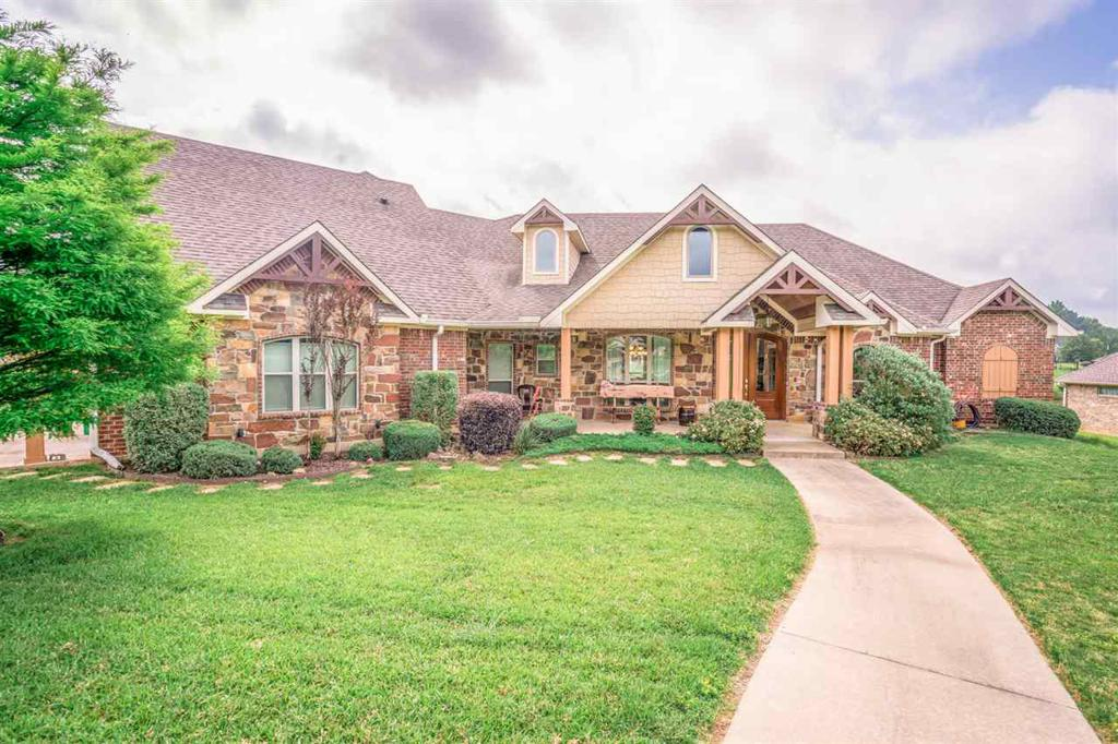 Photo of home for sale at 119 Rutland, Hallsville TX