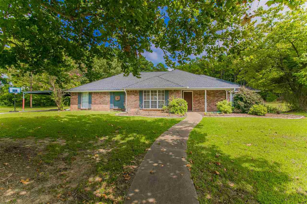 Photo of home for sale at 300 Woodrow, Hallsville TX