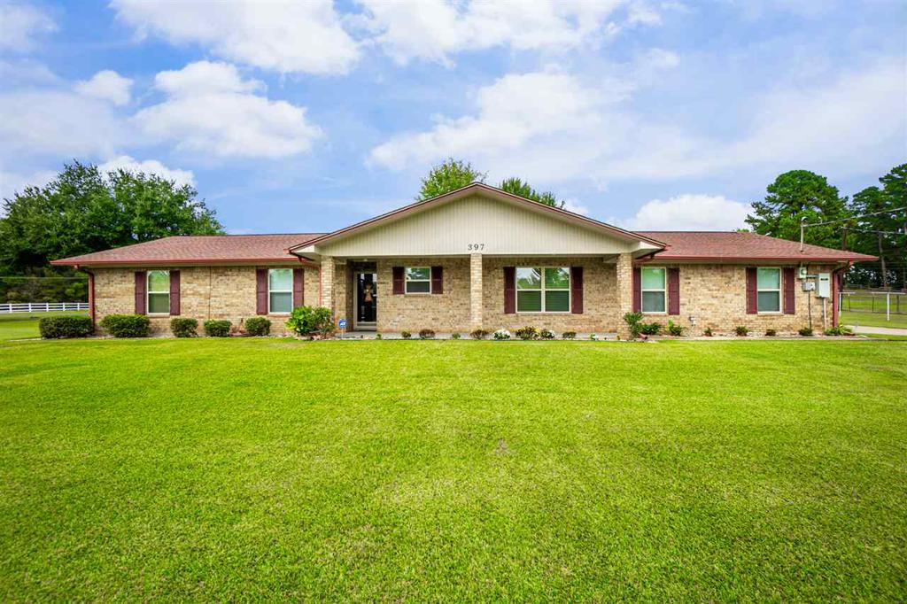 Photo of home for sale at 397 Meador Road, Kilgore TX