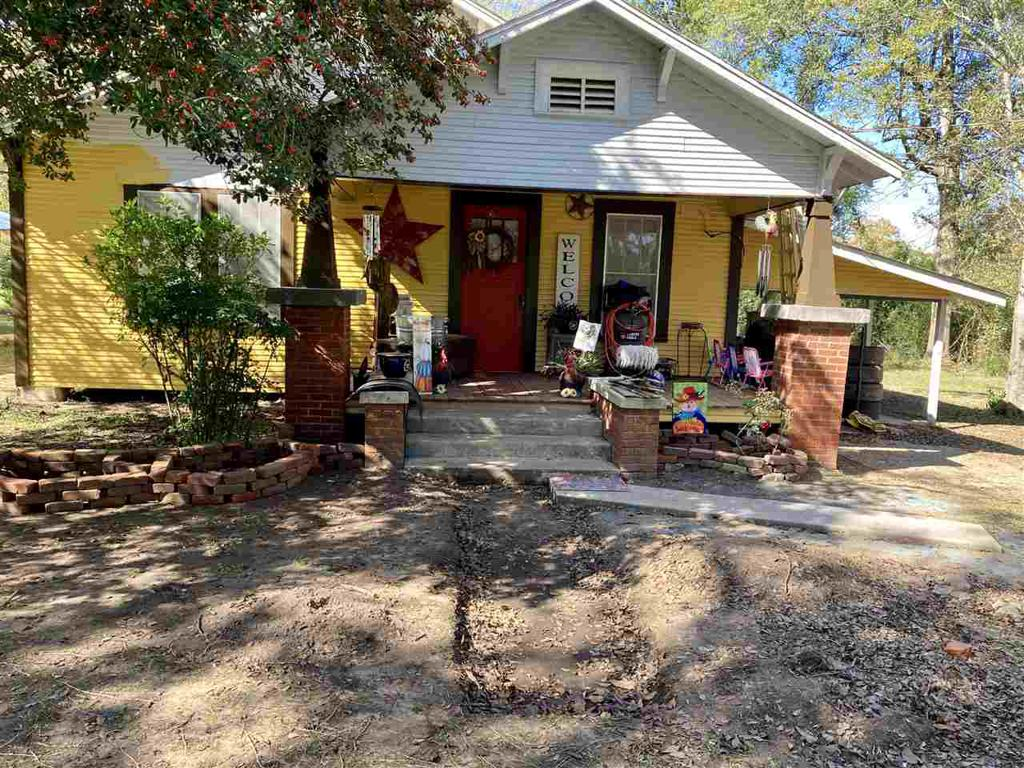 Photo of home for sale at 184 Chalk, Joaquin TX