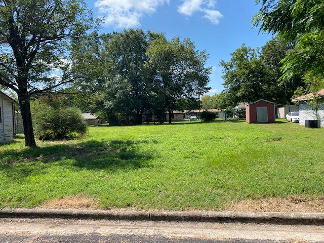 Photo of home for sale at 1315 6th Street, Mt. Pleasant TX