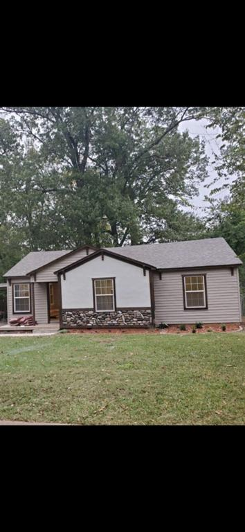Photo of home for sale at 622 Helen St, Kilgore TX