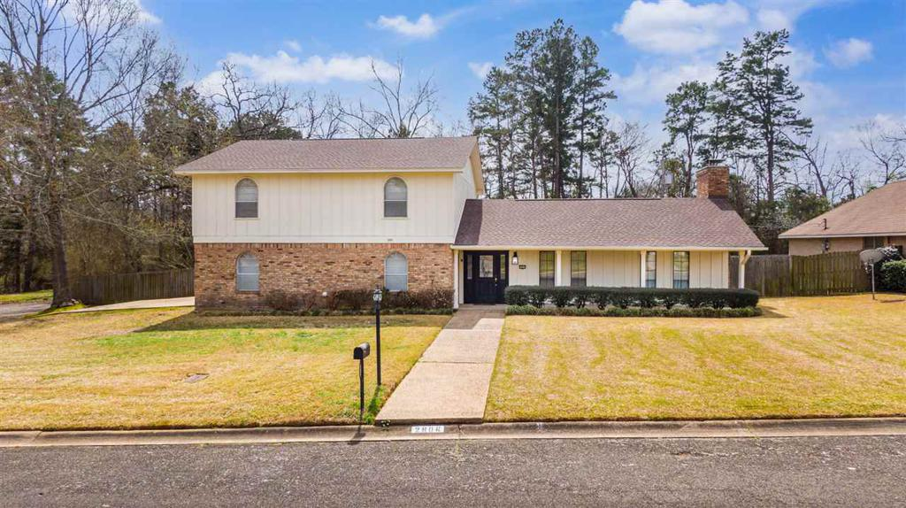Photo of home for sale at 2906 Regent St., Kilgore TX