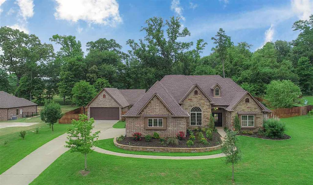 Photo of home for sale at 230 Lacebark Lane, Longview TX