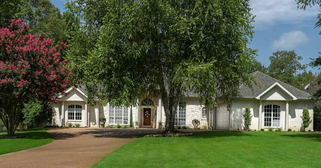 Photo of home for sale at 3205 Trammels Trace, Marshall TX