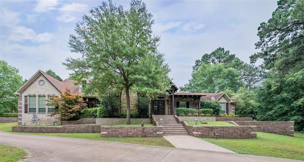 Photo of home for sale at 19678 CR 4125, Lindale TX