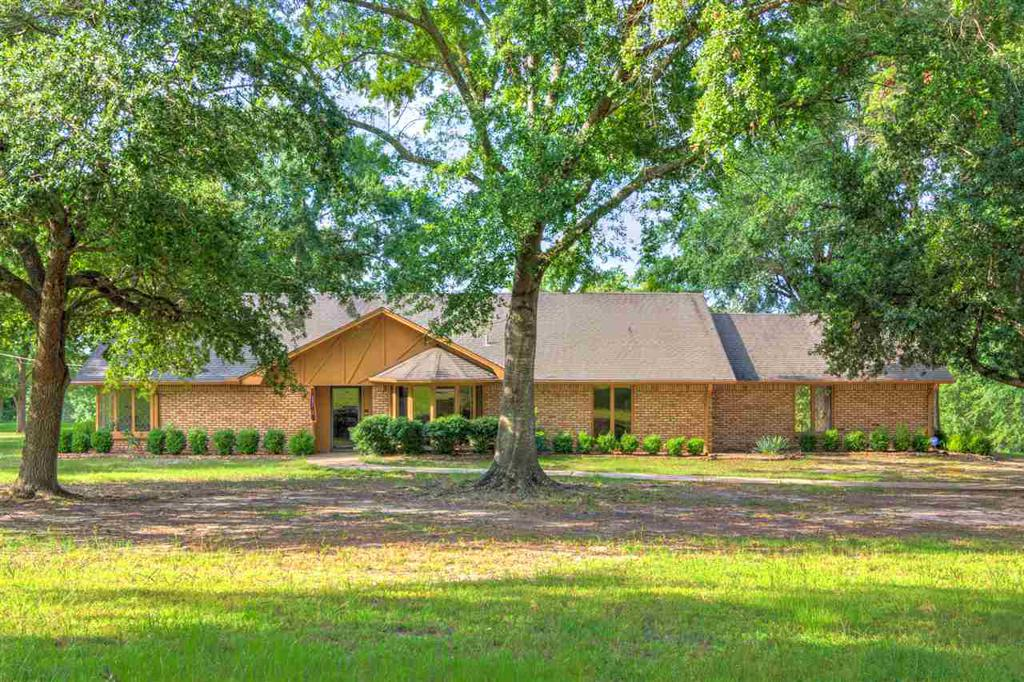 Photo of home for sale at 323 WILKINS, Gladewater TX