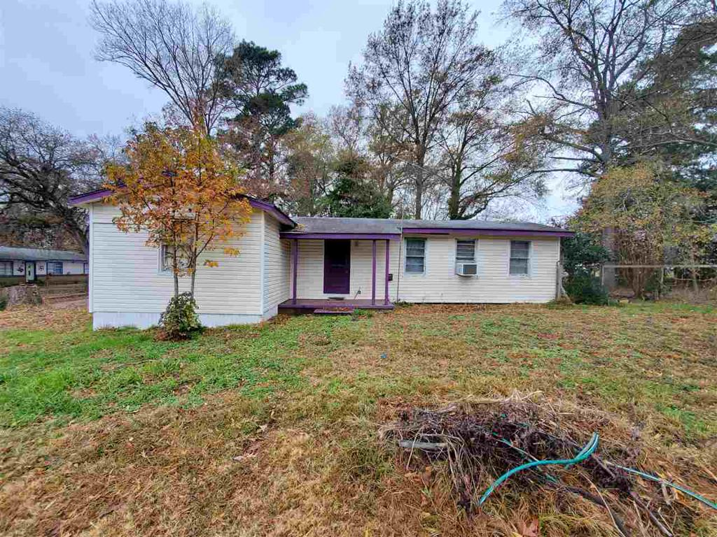 Photo of home for sale at 13140 Upshur County Landing Rd, Ore City TX