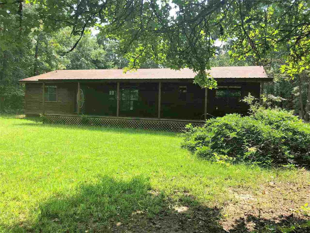 Photo of home for sale at 6634 Horse Road, Gilmer TX