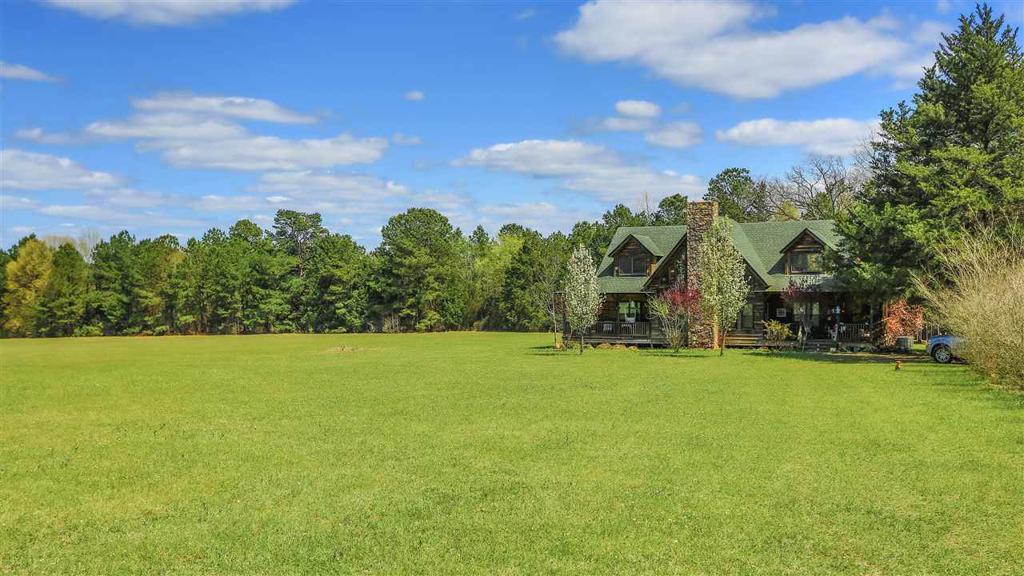 Photo of home for sale at 900 FM 1968, Jefferson TX