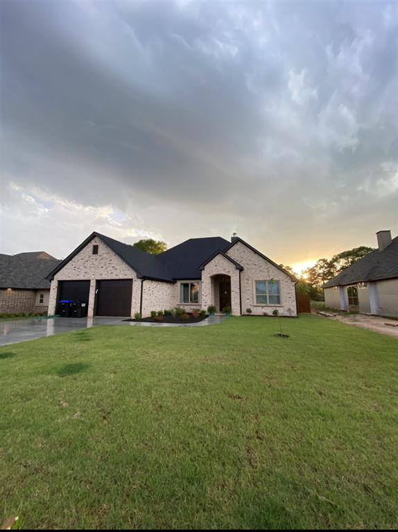 Photo of home for sale at 3907 Gable Crest, Longview TX