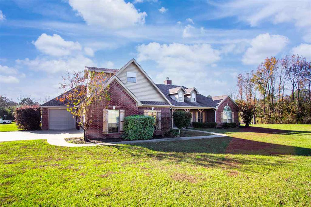 Photo of home for sale at 969 Fuller Road, Longview TX
