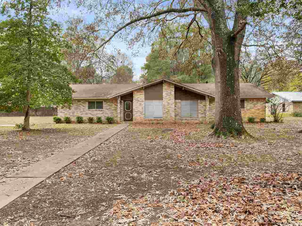 Photo of home for sale at 8161 LAKESIDE DRIVE, Ore City TX