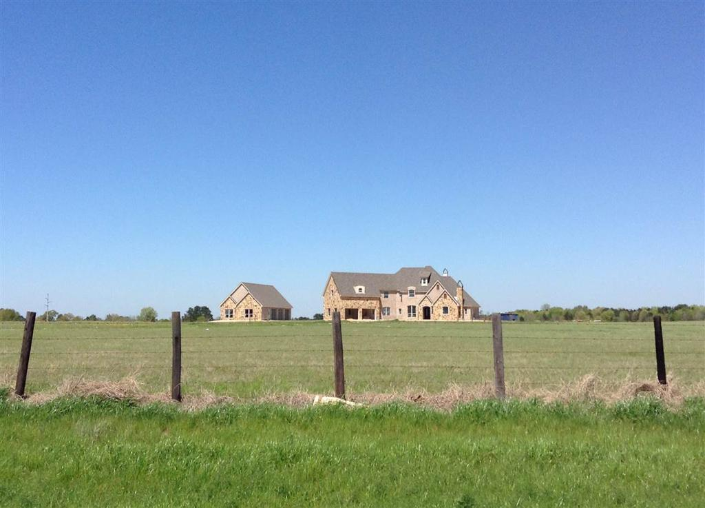 Photo of home for sale at 2296 FM 10, Carthage TX