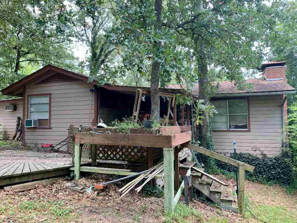 Photo of home for sale at 3962 Nutmeg, Gilmer TX