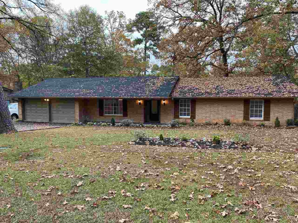 Photo of home for sale at 1011 Delwood, Longview TX