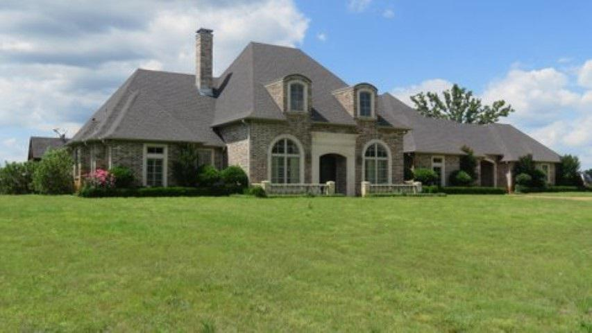 Photo of home for sale at 3997 CR 4223, Troup TX