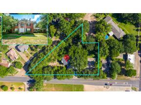 Property for sale at 1012 Houston St, Kilgore,  Texas 75662