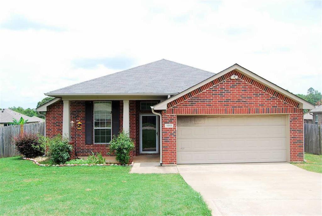 Photo of home for sale at 1312 Mission Creek, Longview TX