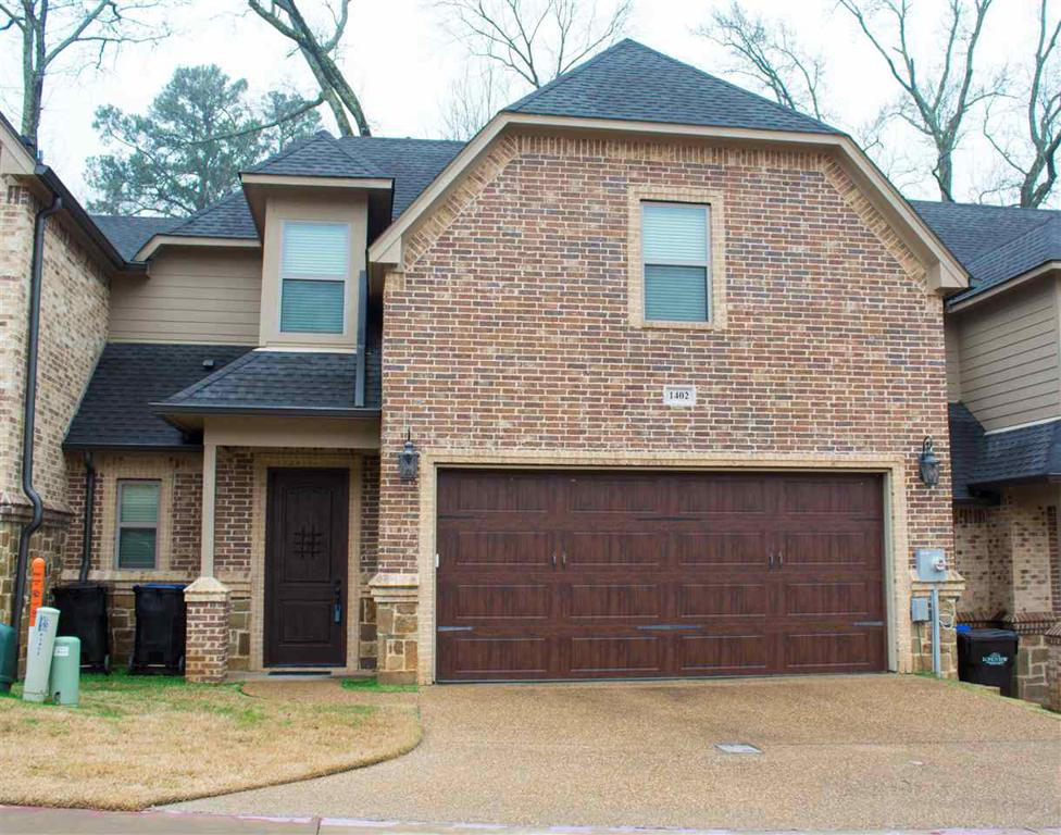 Photo of home for sale at 1402 Clydesdale Way, Longview TX