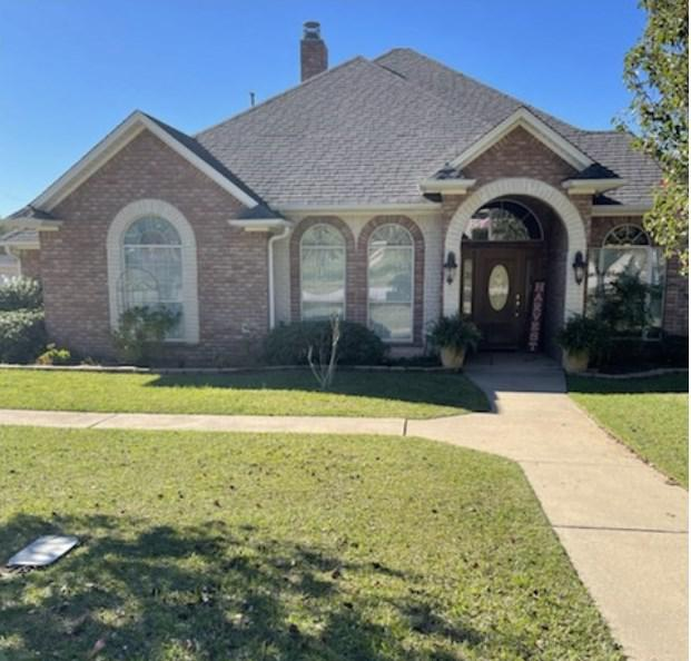 Photo of home for sale at 2803 Fleetwood Dr, Longview TX