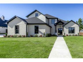 Property for sale at 172 Circle Club Ln, Longview,  Texas 75602