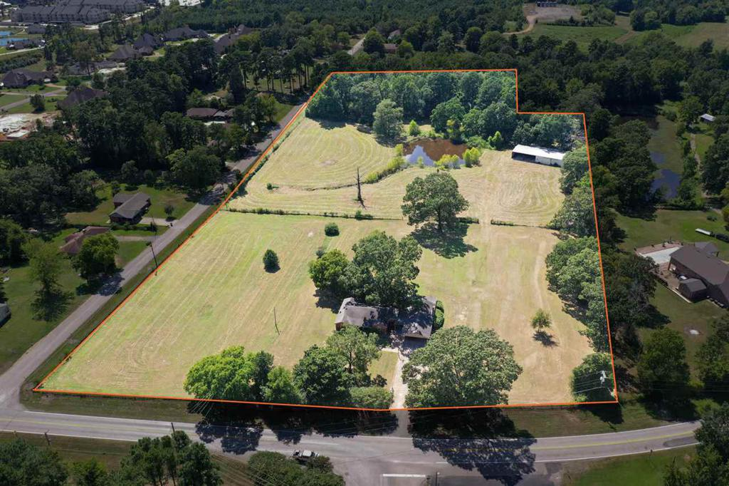 Photo of home for sale at 4139 Tryon Rd, Longview TX