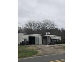 Property for sale at 1002 State Hwy 154 W, Gilmer,  Texas 75644
