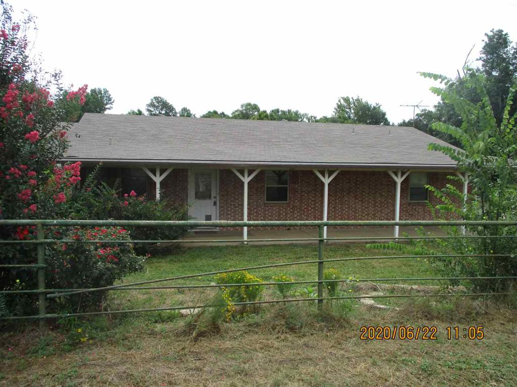 Photo of home for sale at 7420 FM 450, Hallsville TX