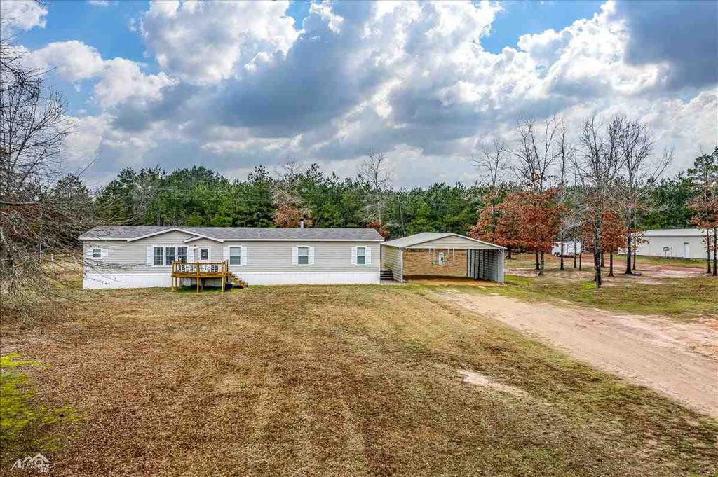 Photo of home for sale at 292 County Road 159, Long Branch TX