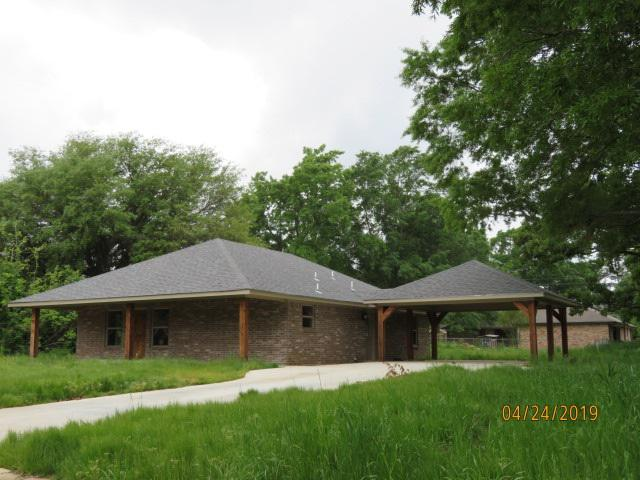 Photo of home for sale at 210 Shumaker, New Boston TX