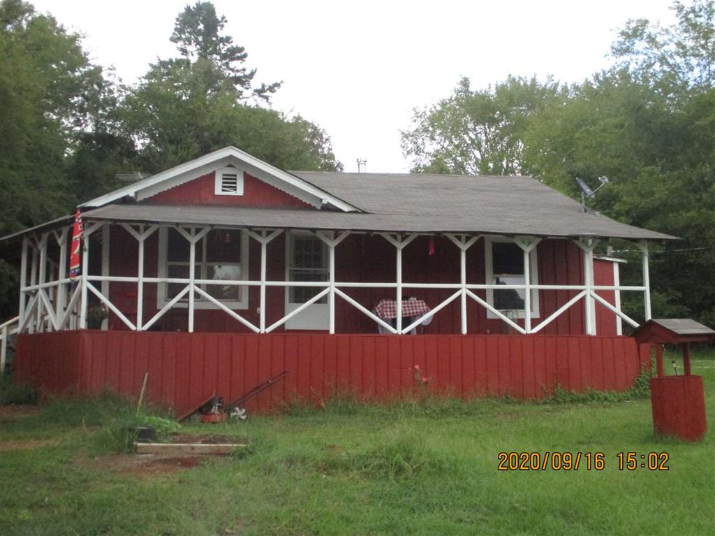 Photo of home for sale at 540 CR 3435, Jacksonville TX
