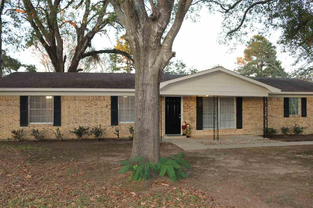 Photo of home for sale at 267 Velma, Kilgore TX