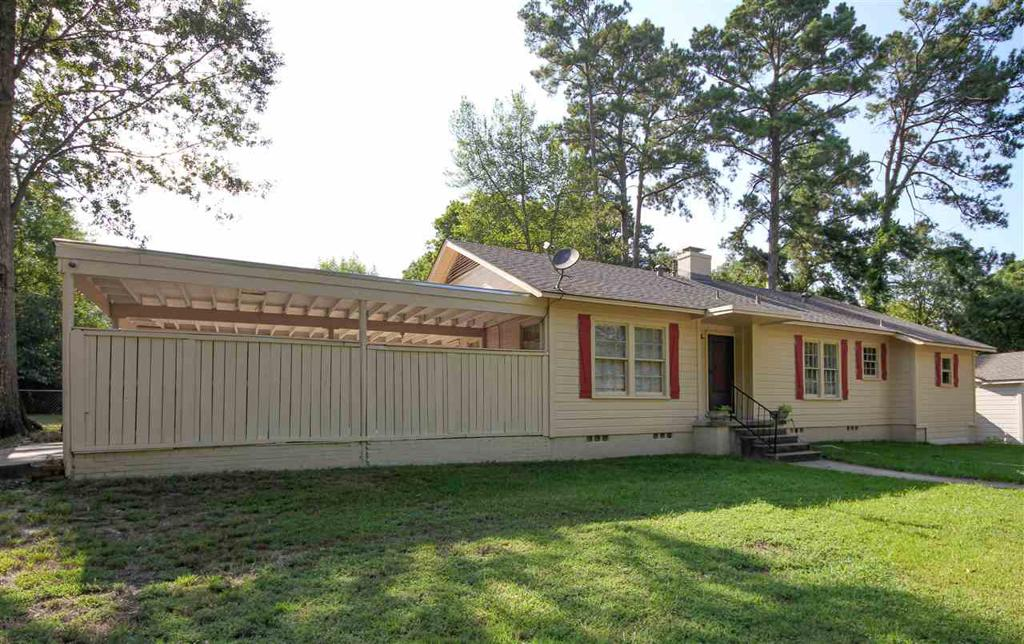 Photo of home for sale at 1227 Bluebird, Longview TX