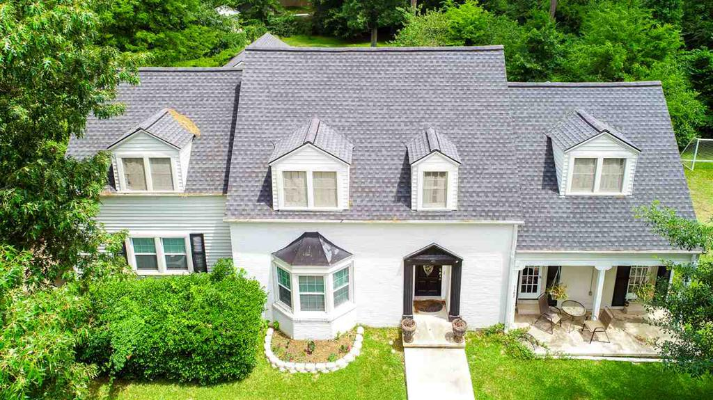 Photo of home for sale at 1107 Houston, Kilgore TX