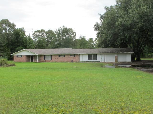 Photo of home for sale at 258 Steelman Road, Woodlawn TX
