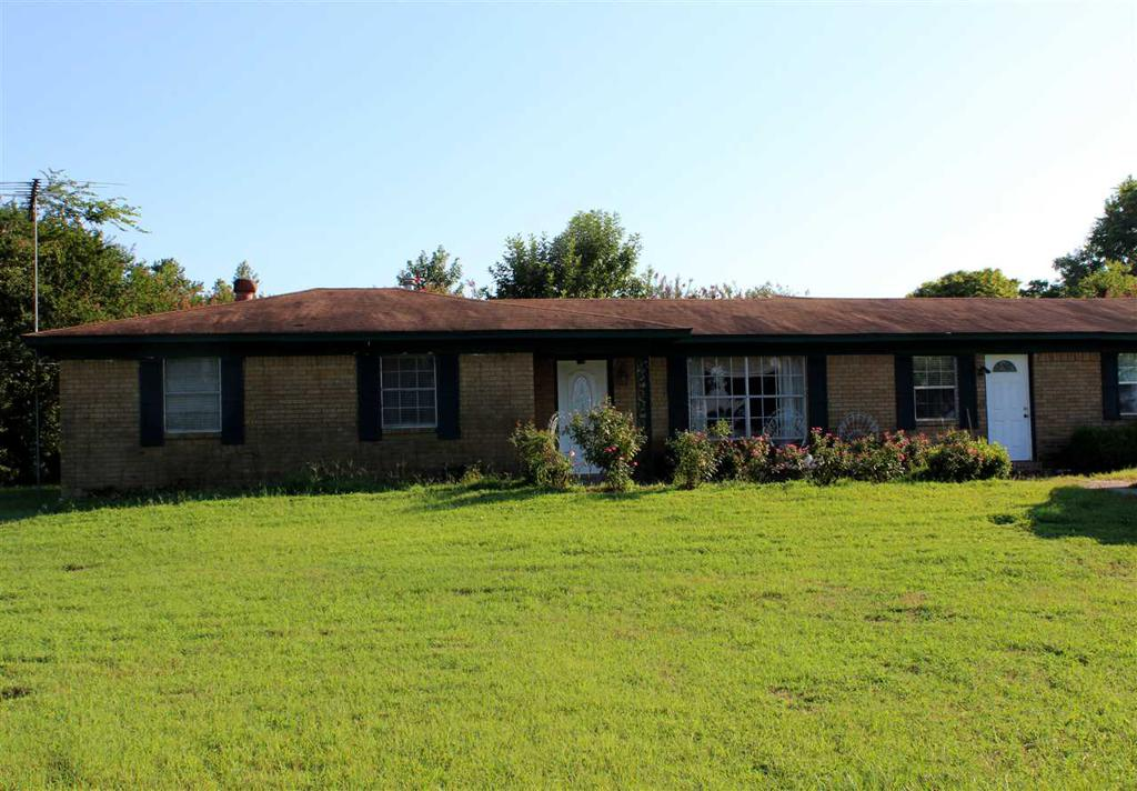 Photo of home for sale at 11967 FM 449, Hallsville TX