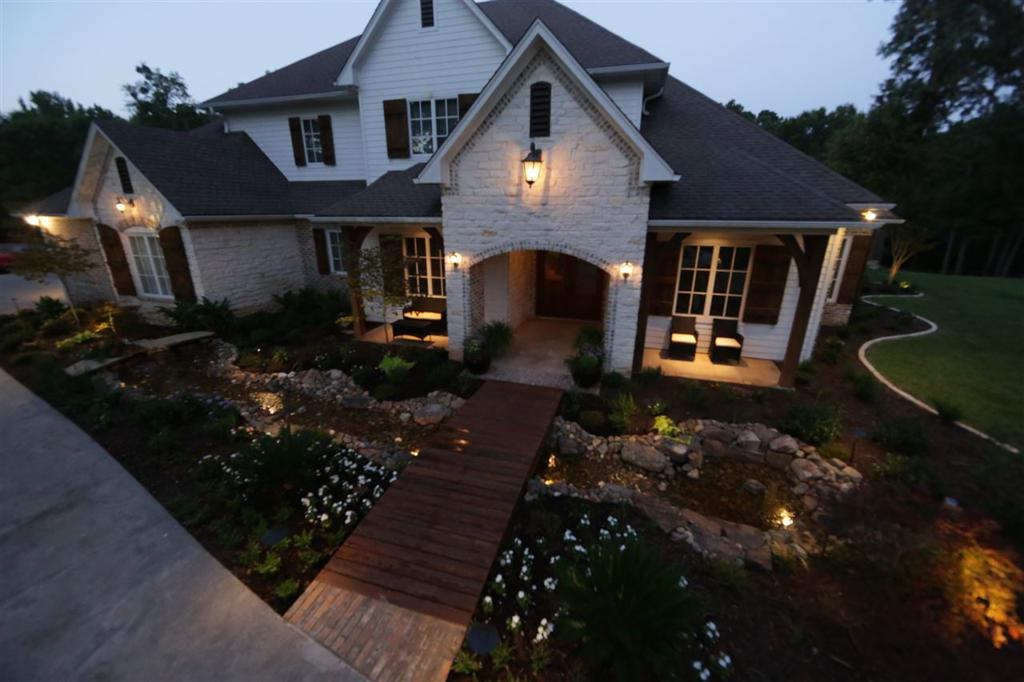Photo of home for sale at 1876 Big Woods, Longview TX