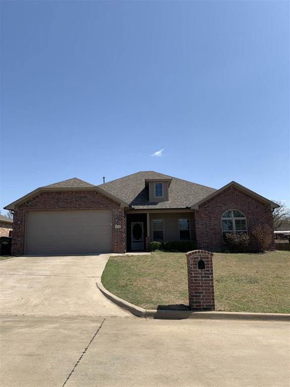 Photo of home for sale at 116 Brookway Lane, Longview TX
