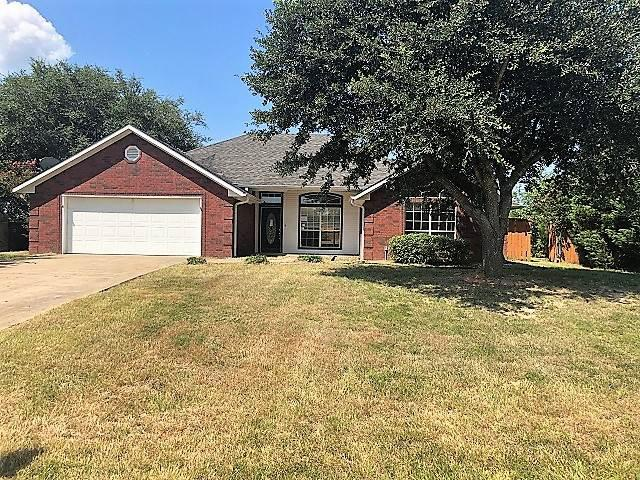 Photo of home for sale at 109 Mendora, Ore City TX