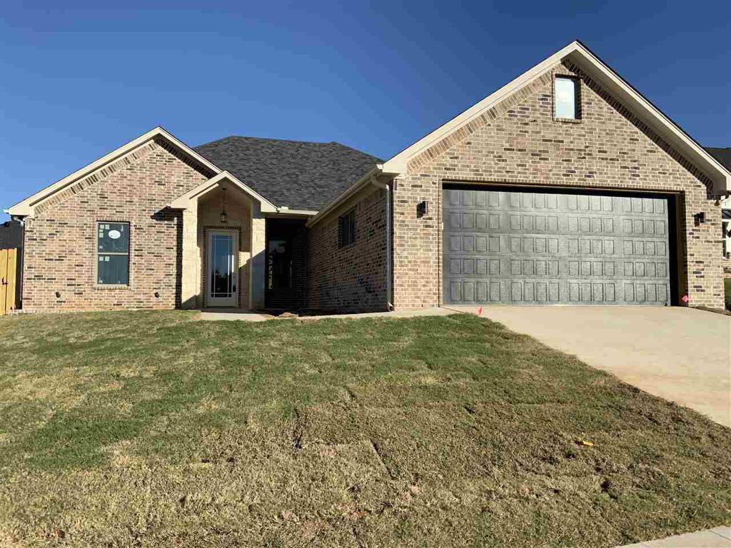 Photo of home for sale at 1153 Nate Circle, Bullard TX