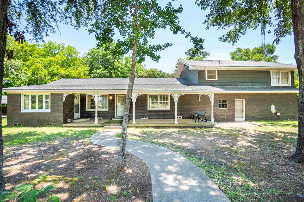 Photo of home for sale at 21359 Hwy 64, Arp TX