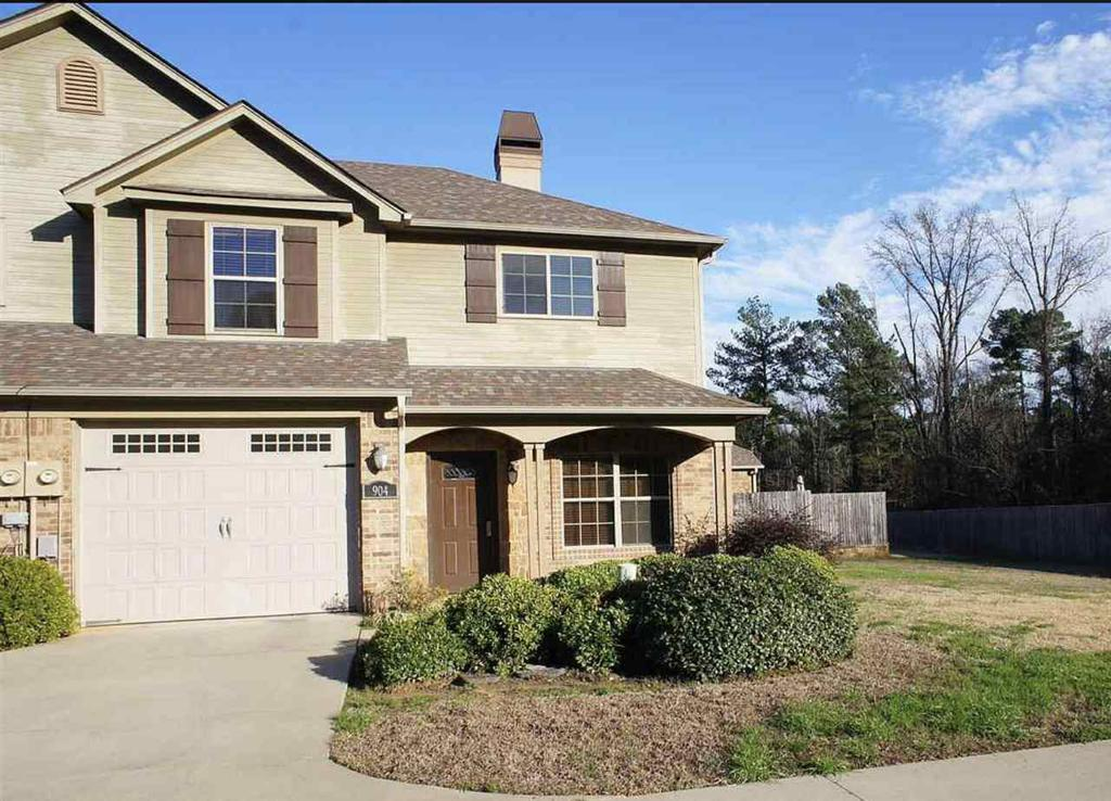 Photo of home for sale at 904 Solaris Pl, Longview TX